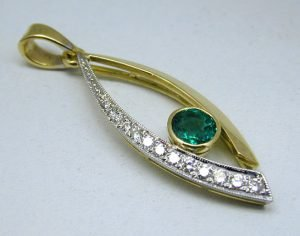 Yellow and white gold pendant